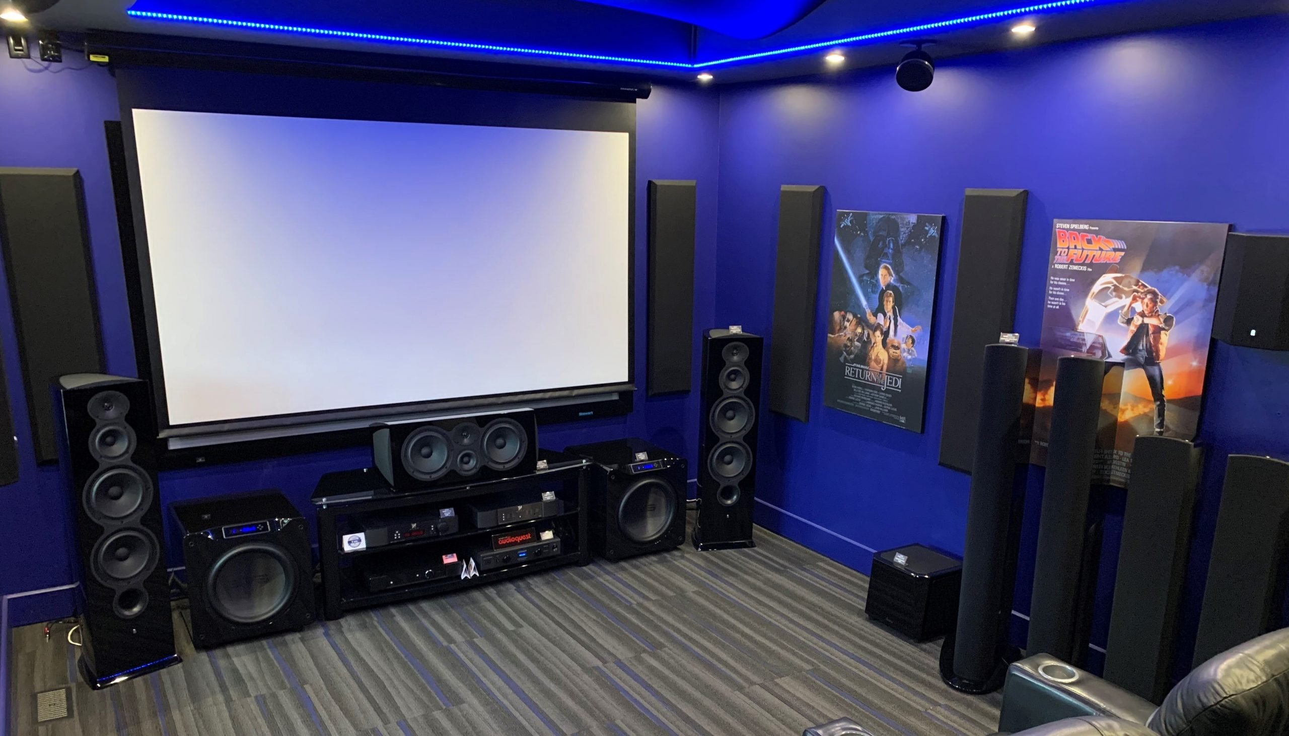 Quebec Acoustic Home Theater